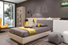 Code Z562 Teen room